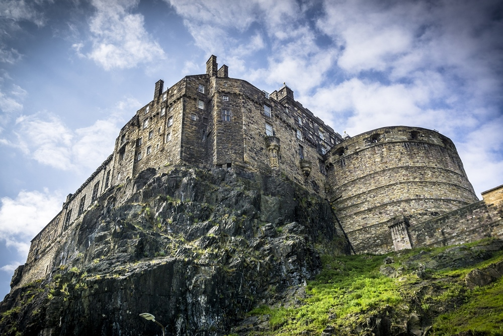 Outlander Entertain Tours
